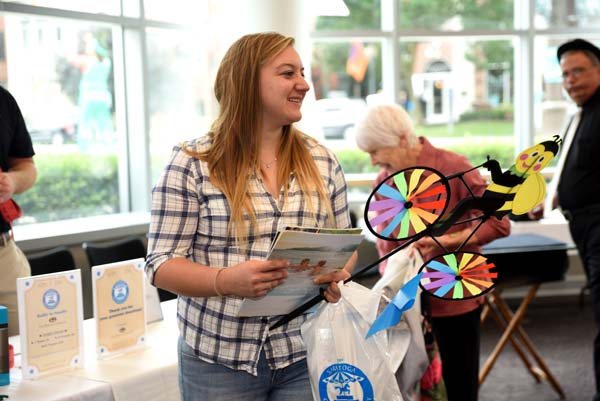 Photo of Saratoga Grandparents Day at the Saratoga Springs City Center