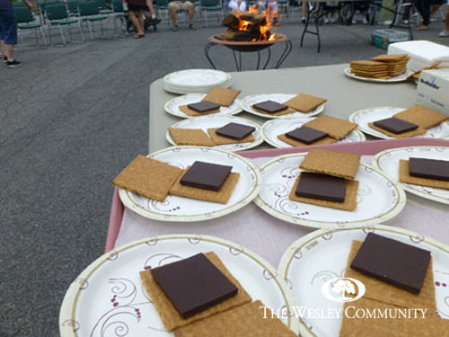 graham crackers and chocolate ready for warm marshmallows